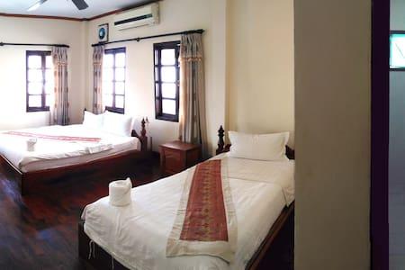 No.98客栈,环境舒适,交通便利,特色按摩 - Luang Prabang - Lakás