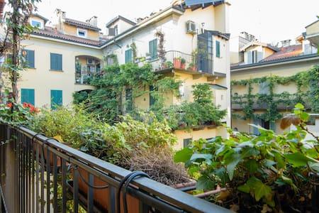 Cozy stay in Milano's heart