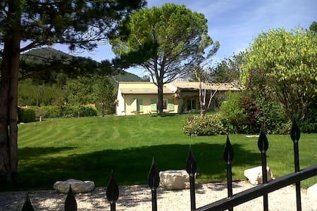 Grande villa entre Vercors et Drôme provencale - Die