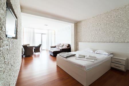 1137 Апартаменты с видом на море в Совиньоне - Appartement
