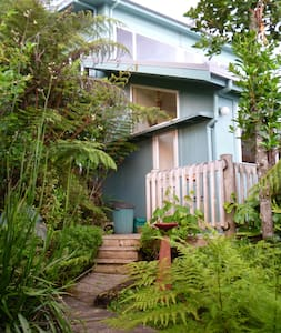 Seaperch at Coromandel - Bed & Breakfast