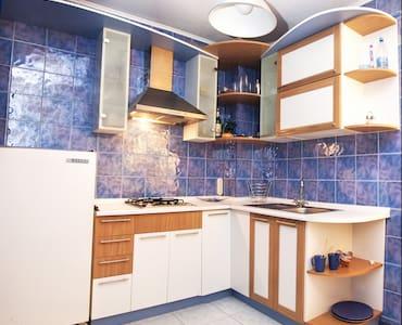 2к квартира на Салтовке - Lägenhet