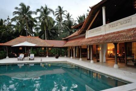 11 bedroom 2 villas combined Balian - Villa