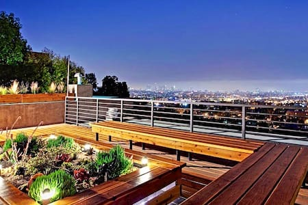 Brand New Luxury Hollywood Modern Condo, Views - Los Angeles - Apartment