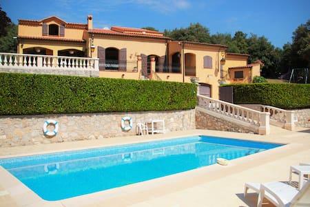 Provençal type Villa - Pool&Barbecue - 4 bedrooms - Villa