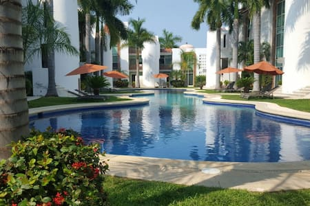 Fully Equiped Condo 4 Blocks Away From The Beach - Daire