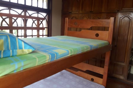 Beds in shared room - Leticia