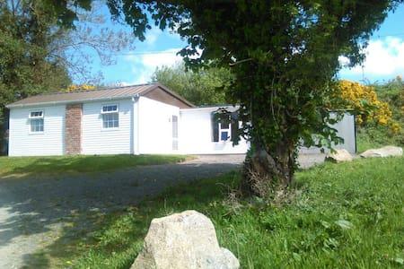 Countryside 3 bedroom chalet - Burnfoot - Casa de campo