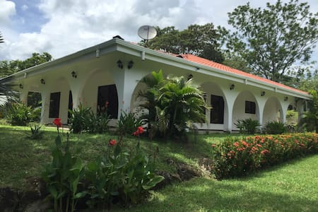 Se alquila casa para vacacionar