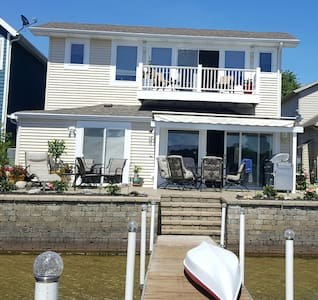 Apartment sitting on Pine Lake in Laporte - La Porte