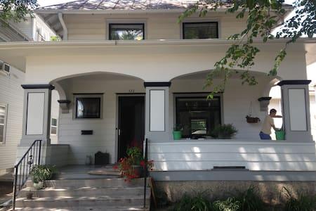 Writers retreat - Rumah