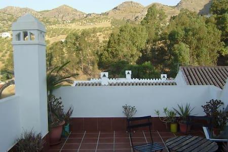 Casa Bernardo Álora - Álora - Appartement