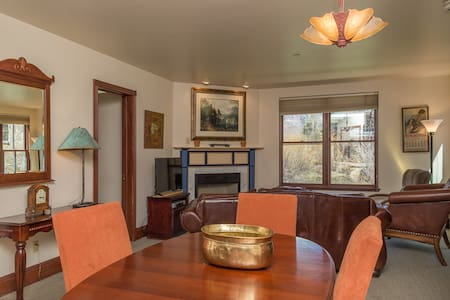 Ballard 103 - A Perfect Location - Telluride - Condominium