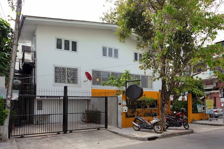 Real cozy house in Sathorn ##NEW! - Bangkok - House
