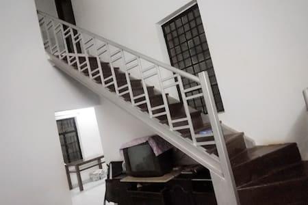 Quiet Villa In Mahabaleshwar - Mahabaleshwar - House