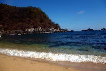 Playa la Boquilla Private room - Puerto Ángel - Cabin