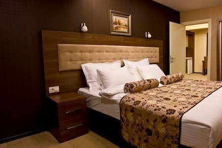 KONAKK RESIDENCE  HOTEL DENIZLI - Bed & Breakfast