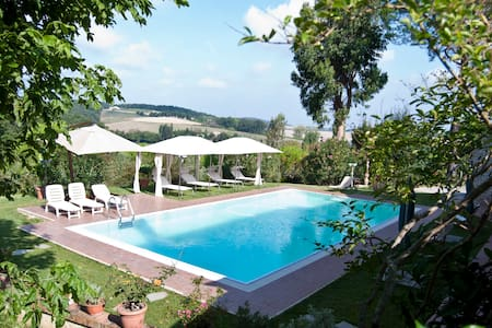 B&B Le Tregge-Camera Acquachiara - Bed & Breakfast
