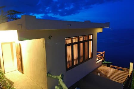 Utopia Duplex Sea View with Bathtab - Ko Pha-ngan