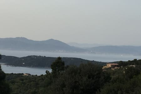 Vacances de rêve à Aqua Doria en Corse - Hus