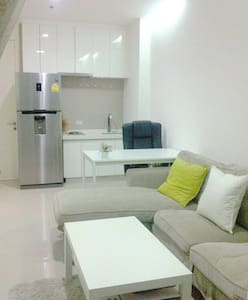 Private Luxury Condo 1BR,City Center,Pool,Subway - Bangkok - Apartment