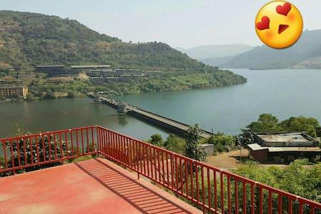Spacious,Furnished Lake View Villa in Lavasa - Lavasa