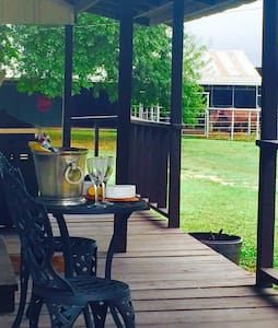PepperRio's Tiny Guest House - Martindale