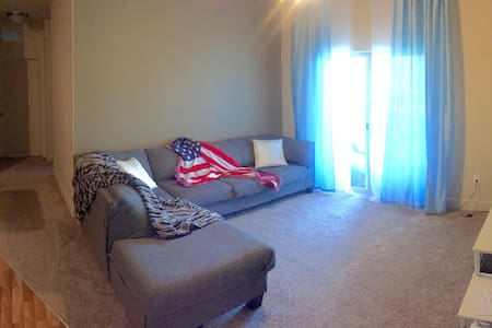 *Perfectly Plush Shared Space* - Layton - Apartment