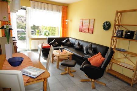Gemütliche Wohnung an der Ostsee mit Terrasse - Apartamento