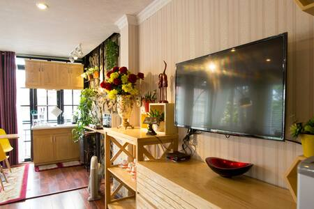 Room in center HN with private bathroom & kitchen - Lakás
