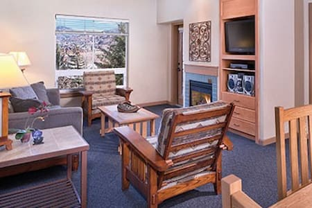 Steamboat Springs Condo 1,2or3bdrm PoolGym - Steamboat Springs - Condominium