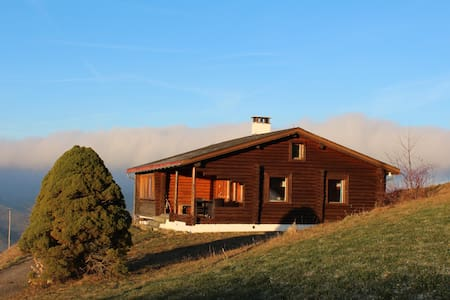 Blockhütte oberhalb Ebnat-Kappel - House