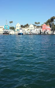 Steps to Venice Pier,Canals,&Marina - Marina del Rey - Apartment