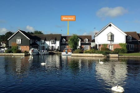 Marchesi - Riverside cottage on the Norfolk Broads - Wroxham - Rumah