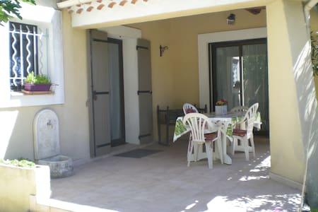 Villa avec Jardin - Entraigues-sur-la-Sorgue
