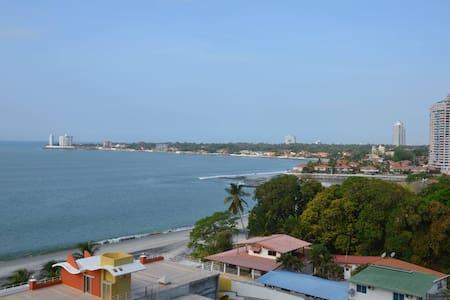 Beachfront  Beautiful apartment - Nueva Gorgona