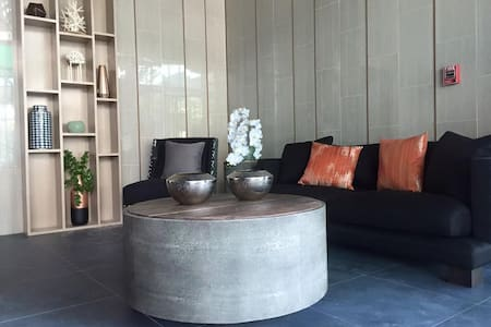 2 BR luxury affordable condominium in Phuket - Choeng Thale - Lägenhet
