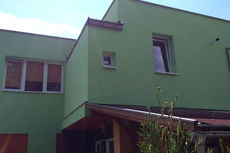 Krásna Izba v DETVE - Detva - Hus