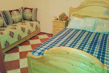Great Double room , top location - Fez - Pousada