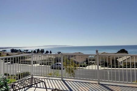 A view from every room for 30 days or more - Pismo Beach - Maison