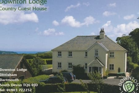 Country B&B with Distant Sea Views - Dittisham, Dartmouth