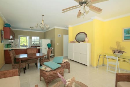 Vacation In The Exumas Bahamas - Apartment