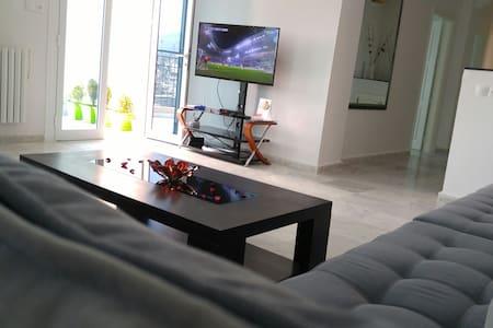 Luxueux appartement en plein coeur de Tlemcen - Apartment