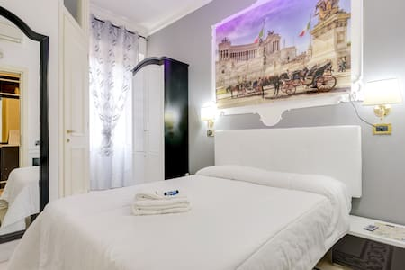 PIAZZA VENEZIA - Rome - Bed & Breakfast