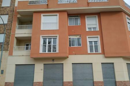 Piso para alquilar en Caudete - Caudete - Apartament