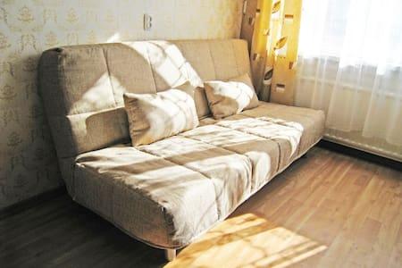 Комната рядом со ст.метро Купчино! - Санкт-Петербург - Apartment