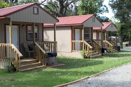 Angler's Hideaway Cabins on Lake Texoma Cabin 3 - Mead - Stuga