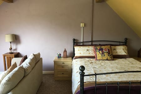A Large Double/Family ensuite B&B in Watlington - Pousada