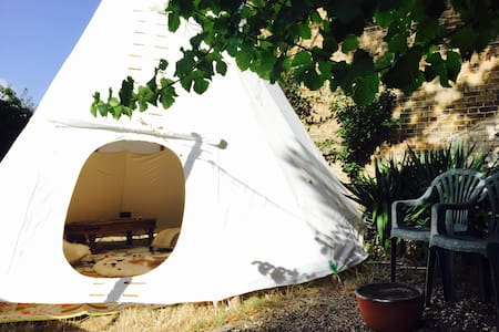 Wild Camping in Cliftonville - Tipi