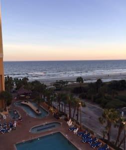 Caravelle-Ocean View Efficiency-Sleeps 4 - Myrtle Beach